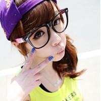 2011qq伤感女头像_伤感女生头像亚博app官方下载 2012经典的女头像